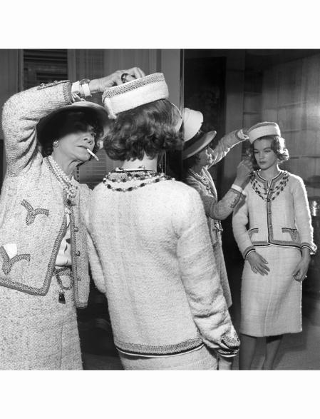 Coco Chanel in her atelier Romy Schneider 1960