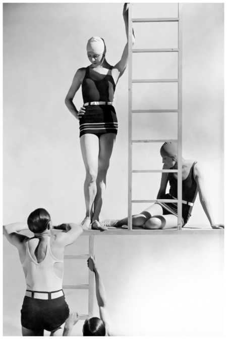 george-hoyningen-huene-models-in-jersey-swimwear-1929