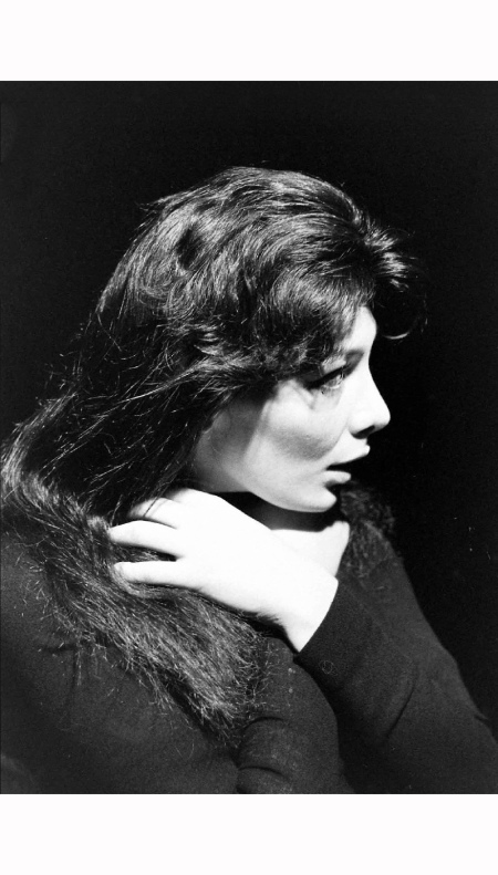 Juliette Greco on stage 1950's © Gjon Mili b