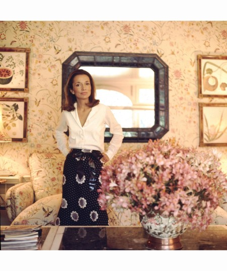 Lee Radziwill in her Buckighamshire estate Vogue July 1971 Horst P.Horst