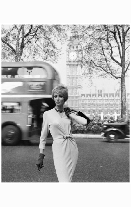 Lucinda Hollingsworth, London, 1959 photo-georges-dambier-lucinda-londres-big-ben-publicitc3a9-1959