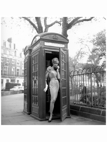 lucinda-hollingsworth-london-photo-by-georges-dambier-1959-c
