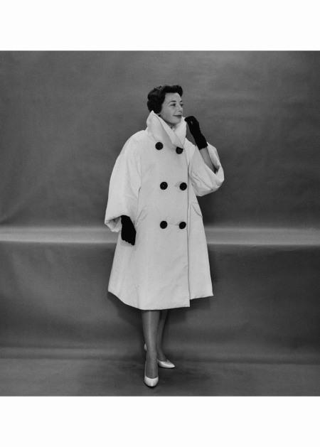 Monique de Nervo wearing swing coat by Lanvin Castillo Nov 1958 © Karen Radkai
