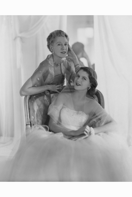 Mrs. Francis McNiel Bacon III (formerly Toni Frissell) and her daughter Sidney 1953 Horst P.Horst