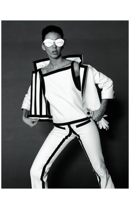 op-art-fashion-by-courreges-photo-f-c-gundlach