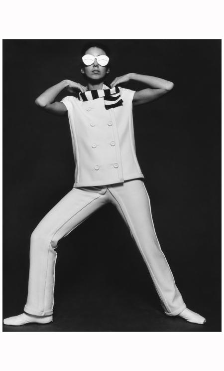 pantsuit-by-andrc3a9-courrc3a8ges-1965-photo-fc-gundlach