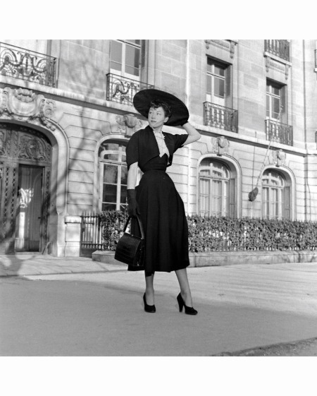 Paris Fashion Mar 1948 © Mark Kauffman h