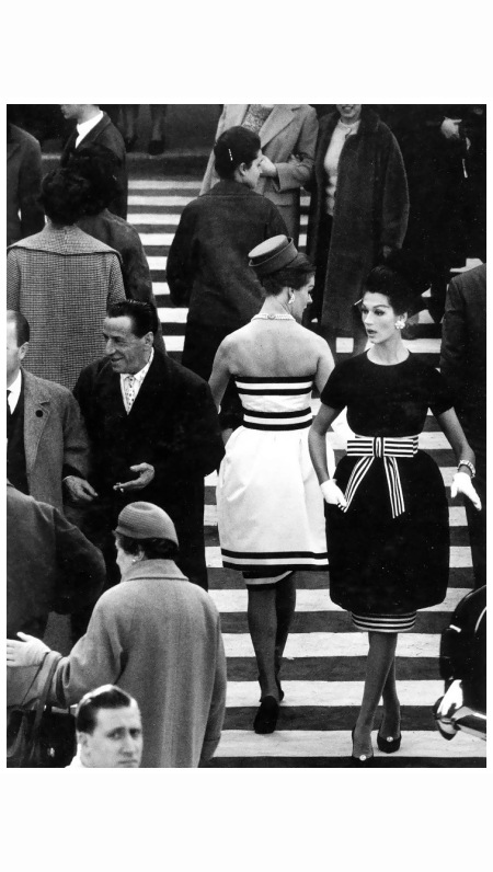 simone-and-nina-devos-in-dresses-by-capucci-photo-by-william-klein-rome-1960