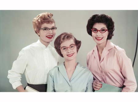 Three office workers in cat's eye spectacles, 1958 © Paul Popper b