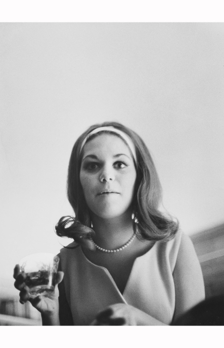 art_photo_1_pic_eggleston_william_woman_1960s_nyt_18aug2016