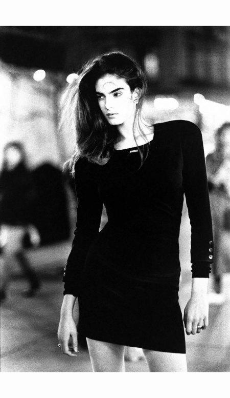 betty-romani-in-sonia-rykiel-vogue-feb-1988-arthur-elgort