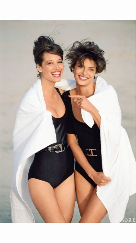 christy-turlington-and-linda-evangelista-adventures-in-monochrome-shot-by-patrick-demarchelier-in-may-1990