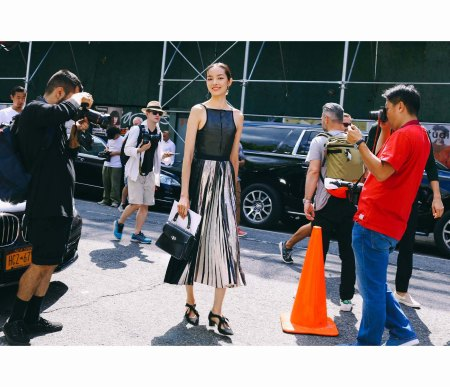 fei-fei-sun-2016-5-nyfw-day-phil-oh