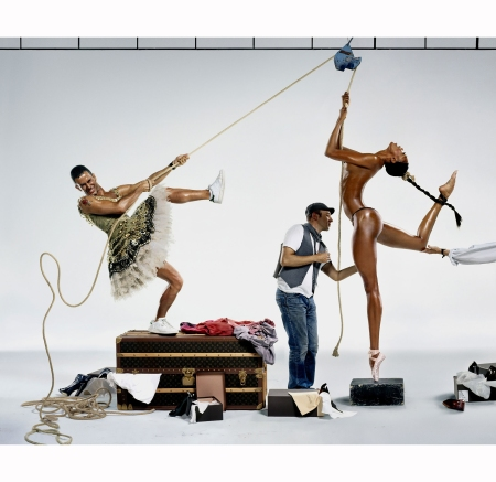 jean-paul-goude-with-marc-jacobs-and-naomi-campbell-re-creating-%22the-impossible-arabesque%22-for-harpers-bazaar-in-september-2007-jean-paul-goude