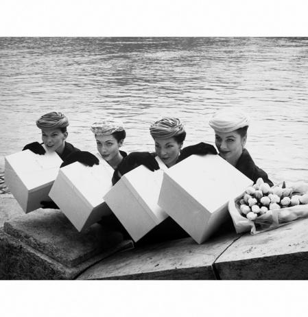 paris-dior-hats-on-the-seine-1953
