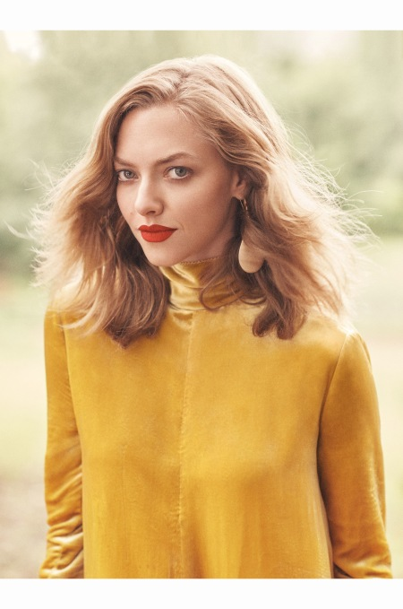 allure-november-2016-amanda-seyfried-by-scott-trindle-05
