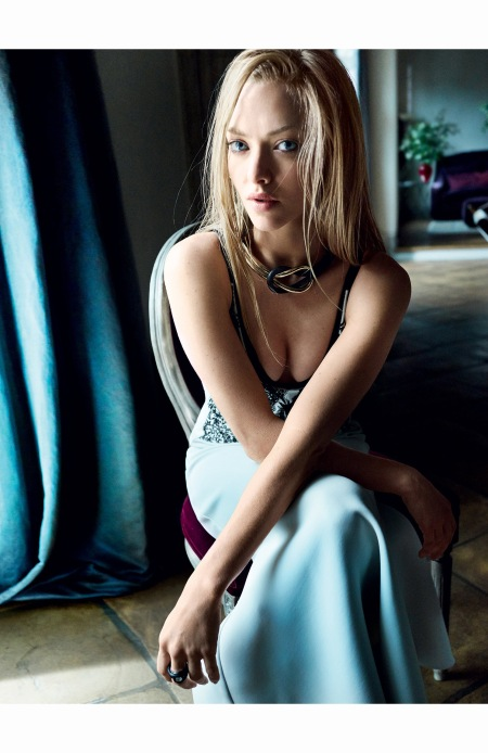 amanda-seyfried-june-2015-vogue-04