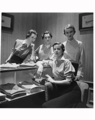 dovima-l-nan-rees-2nd-l-and-two-other-models-wearing-man-tailored-shirts-by-mcmullen-co-1949-gordon-parks-bn