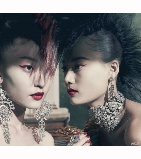 du-juan-and-lily-zhi-%22asia-major%22-vogue-dec-2010-steven-meisel
