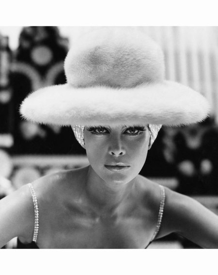 editha-dussler-vogue-october-1st-1965-hat-by-otto-lucas-henry-clarke