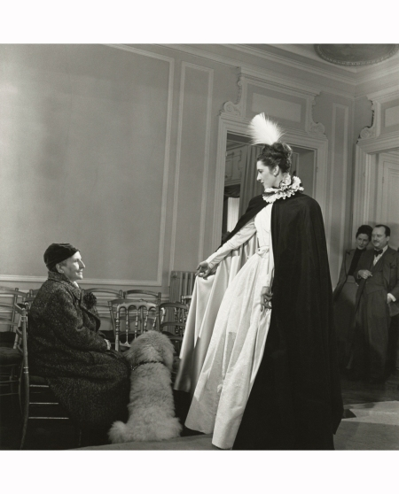 gertrude-stein-at-balmain-fashion-show-1946-horst-p-horst
