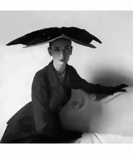 hat-and-suit-by-balenciaga-paris-may-1948-clifford-coffin
