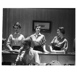man-tailored-shirts-1949-gy