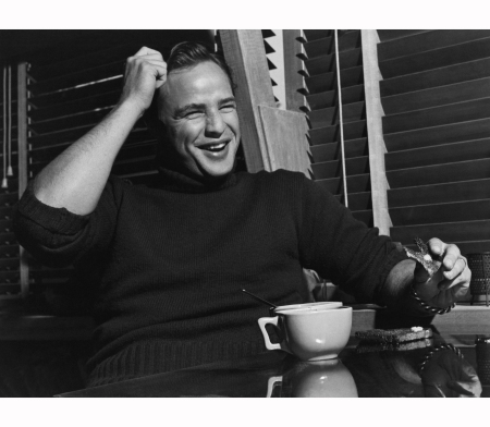 marlon-brando-photographed-in-his-beverly-glen-home-for-the-saturday-evening-post-article-%22the-star-who-sneers-at-hollywood%22-june-6-1953