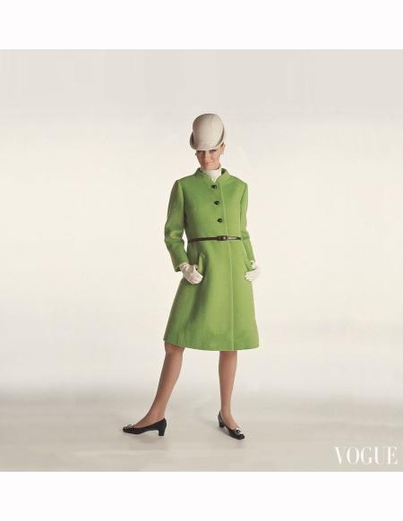 model-wearing-green-fleece-coat-by-dan-millstein-and-lilly-dache-hat-vogue-1966