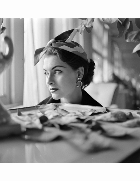nancy-berg-hat-fashions-mar-1952