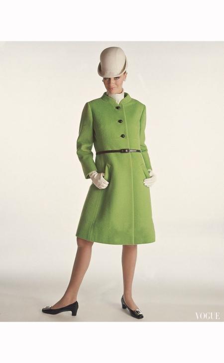 odel-wearing-green-fleece-coat-by-dan-millstein-and-lilly-dache-hat-vogue-1966