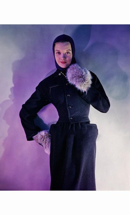 outtake-model-wearing-brown-tweed-suit-a-townley-design-with-dyed-fox-mittens-and-jersey-headdress-vogue-1945-erwin-blumenfeld