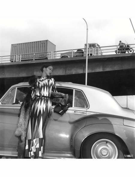 pat-cleveland-vogue-italia-october-1972-guy-bourdin-copia