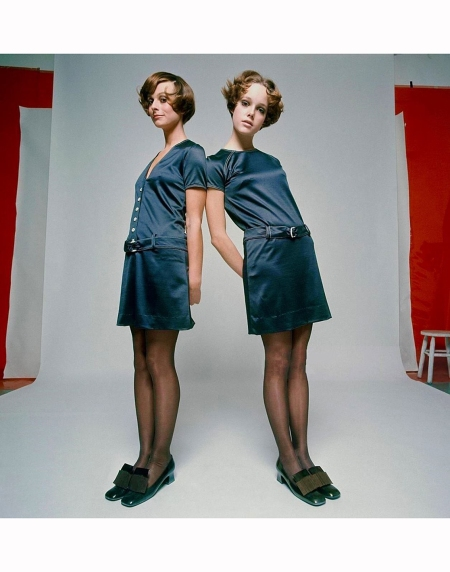 set-brown-stockings-by-hudson-polished-bronze-shoes-by-charles-jourdan-mademoiselle-magazine-1968-david-mccabe