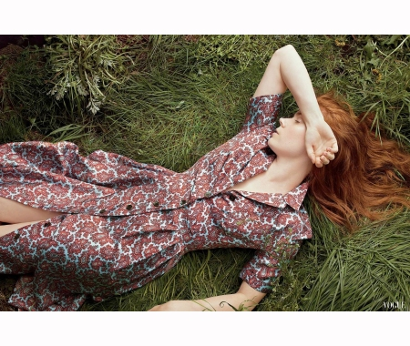 amy-adams-%22fire-starter%22-vogue-aug-2014-annie-leibovitz
