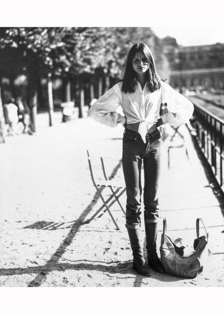 apollonia-van-ravenstein-in-paris-1970-arthur-elgort