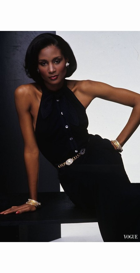 beverly-johnson-wearing-a-jean-muir-halter-dress-with-fake-diamonds-and-golden-links-belt-by-judith-leiber-hair-styled-by-franvsoise-of-suga-salo-vogue-1974-bob-stone
