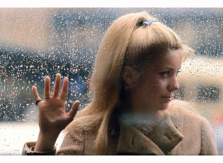 catherine-deneuve-paris-juin-1964