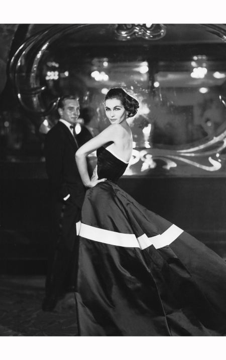 georgia-hamilton-in-diors-black-satin-ball-gown-circled-with-white-band-and-bow-on-skirt-gown-is-called-%22ines%22-autumnwinter-collection-1953-vivante-line-richard-avedon