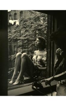 jean-patchett-new-york-city-july-1948-exit-box