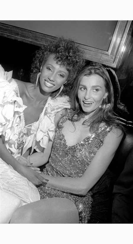 model-appolonia-von-ravenstein-right-at-a-party-for-model-iman-left-in-1981-allan-tannenbaum
