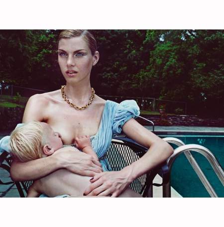 suburban-woman-10-mountainville-new-york-steven-klein-angela-lindvall-in-dolce-hair-jimmy-paul-makeup-james-kaliardos-set-design-mary-howard-august-2006