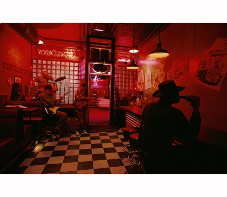 william-albert-allard-smokedaddy-blues-club-chicago-1997