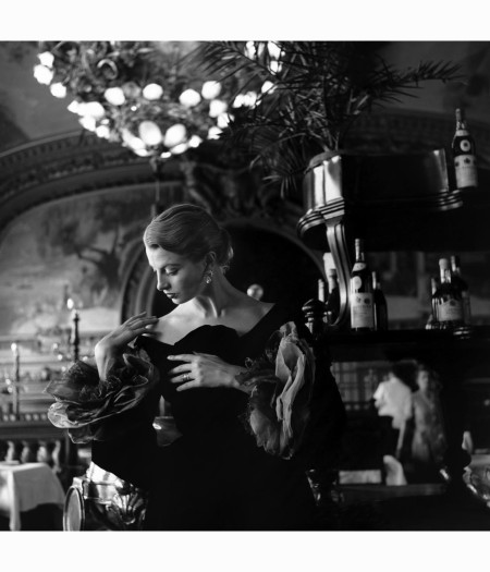capucine-in-evening-wear-by-givenchy-paris-1954-genevieve-naylor