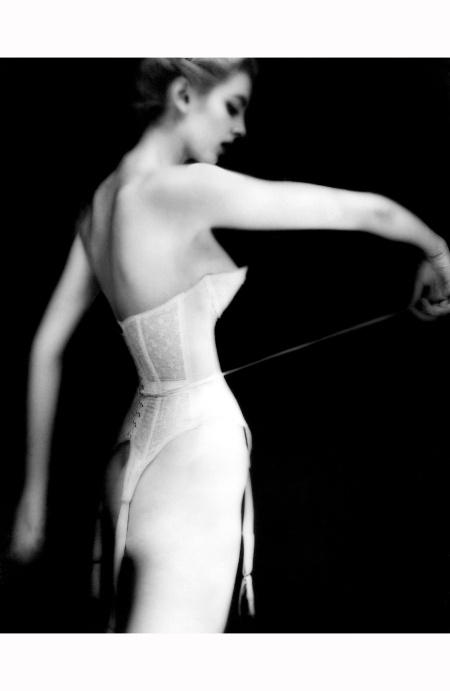 carmen-dellorefice-lingerie-by-warners-1951-lillian-bassman