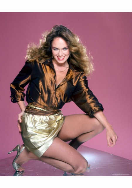 catherine-bach-poses-for-a-portrait-circa-1985-in-los-angeles-california-harry-langdon