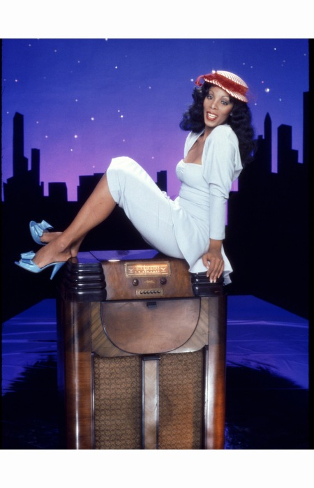 donna-summer-poses-for-an-album-cover-session-on-may-16-1978-c