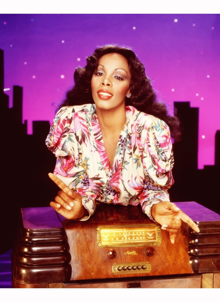 donna-summer-poses-for-an-album-cover-session-on-may-16-1978-in-los-angeles-california