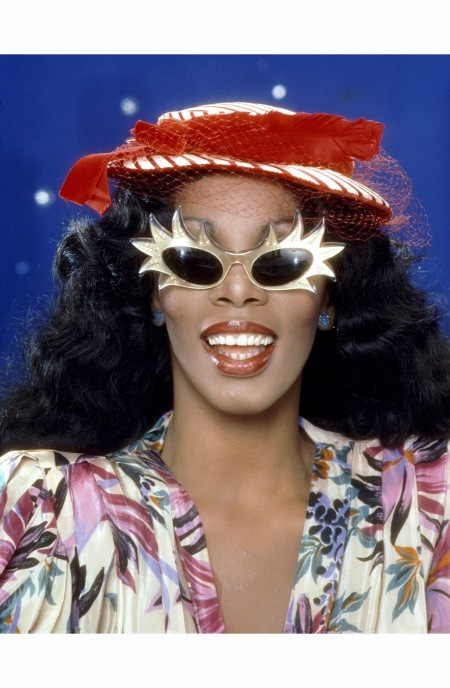 donna-summer-poses-for-an-album-cover-session-on-may-16-1978