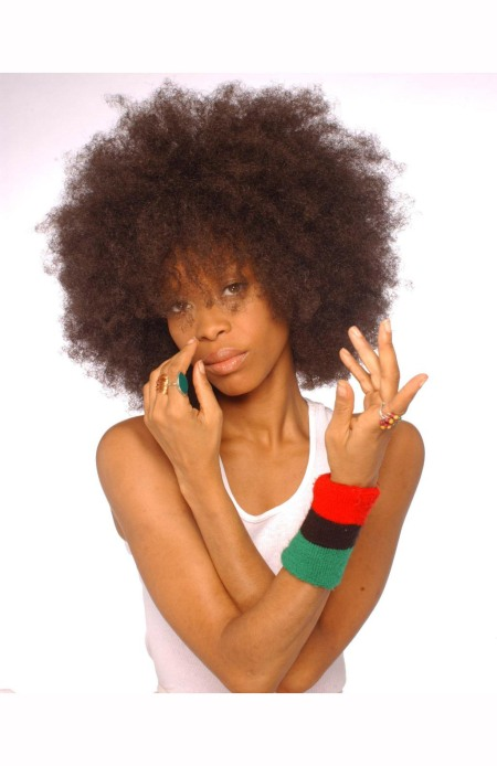 erykah-badu-poses-for-a-portrait-fashion-session-on-july-6th-2003-in-los-angeles-california-harry-langdon-b